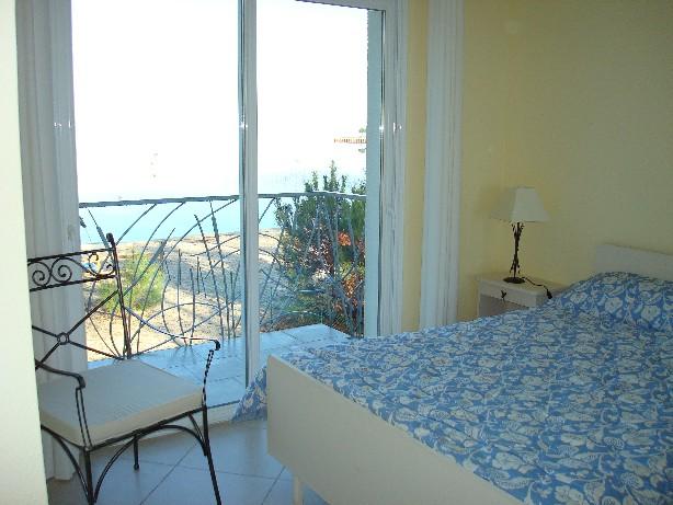 Schlafzimmer 3 mit Seeblick (1.Etage)